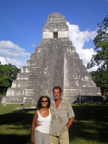 Tikal_temple_large